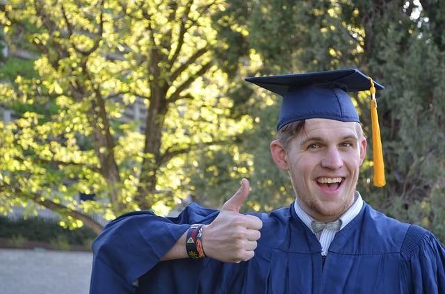 בחירת תחום לימודים אקדמאיים